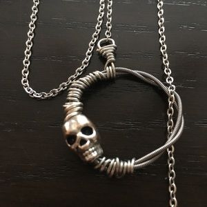 Guitar String Lariat Necklace with Skull